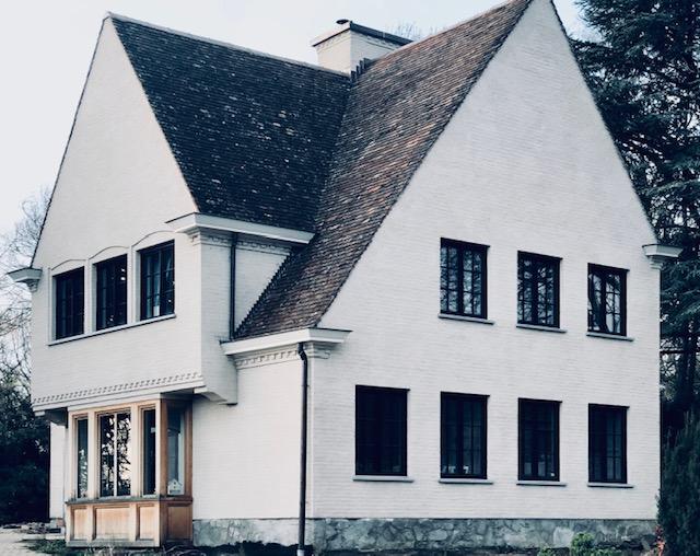 Kaleien is een schildertechniek die veelvuldig wordt gebruikt bij restauratie van gebouwen en monumenten.